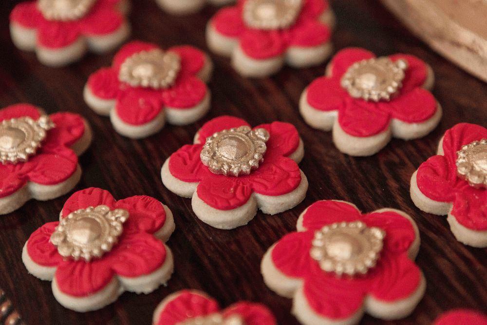 печенье в форме цветов