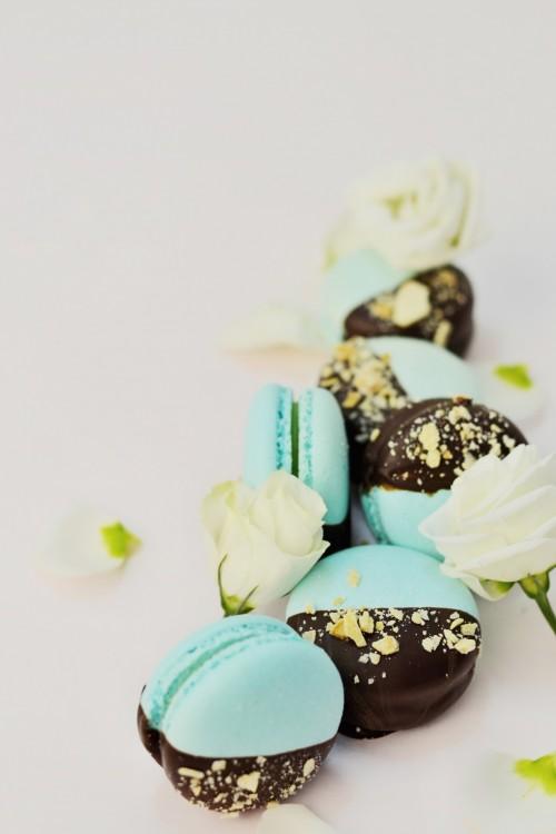 макарун с шоколадом