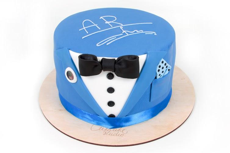 торт для него