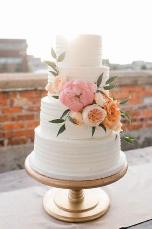 Свадебный торт в креме