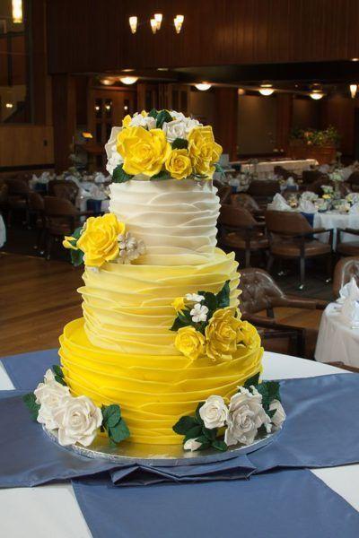 желтый торт