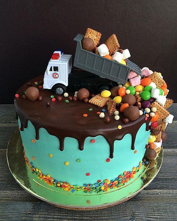 Детский торт грузовик