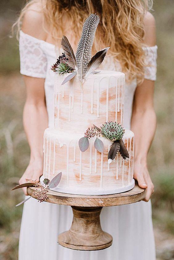 торт с перьями