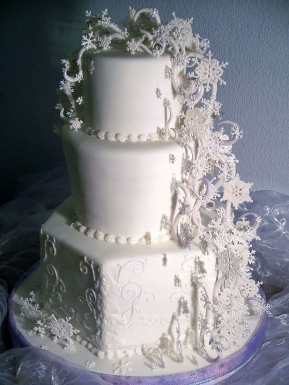 торт с айсингом