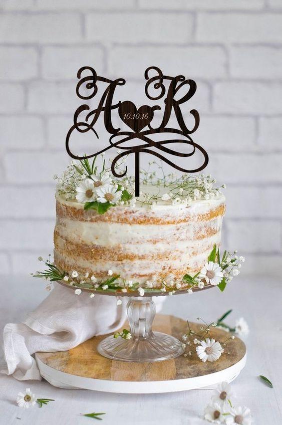 Cвадебный торт с инициалами
