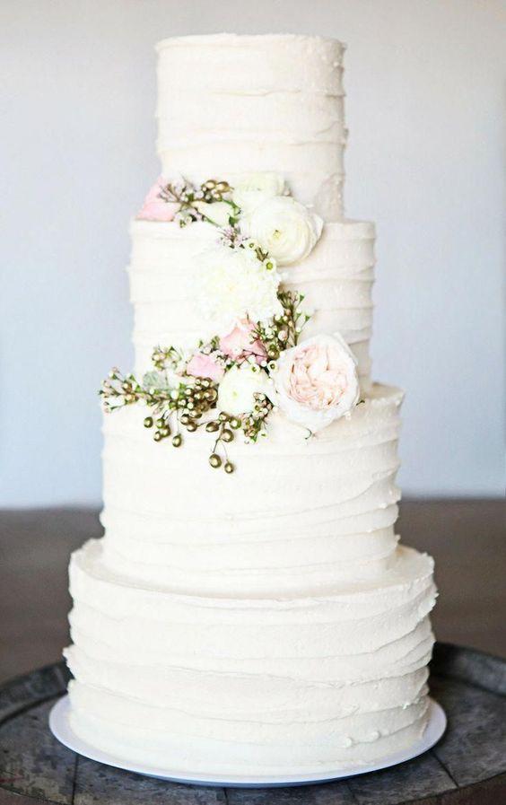 Весільні торти з вершків