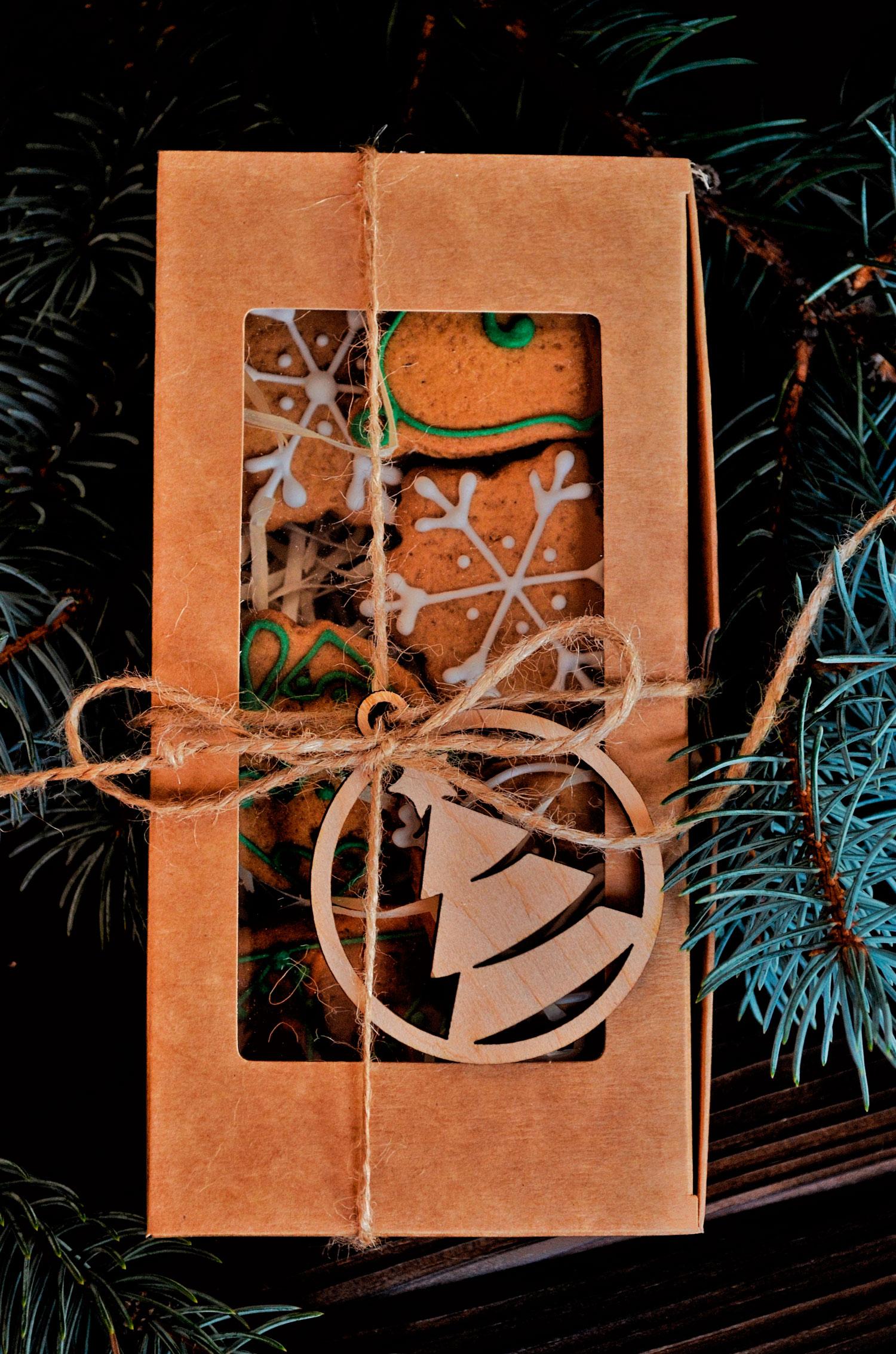 Подарочный корпоративный набор с пряниками