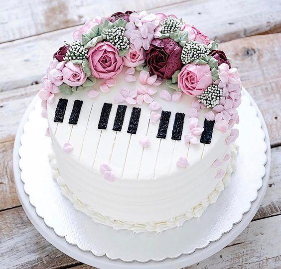 торт музиканту