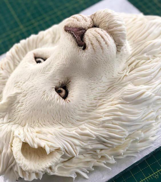 торт белый лев