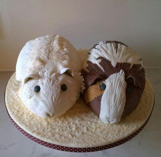 Торт в виде свинок
