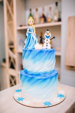 Акварельный торт детский