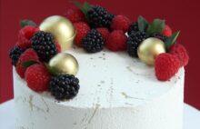 Праздничный торт для подруги