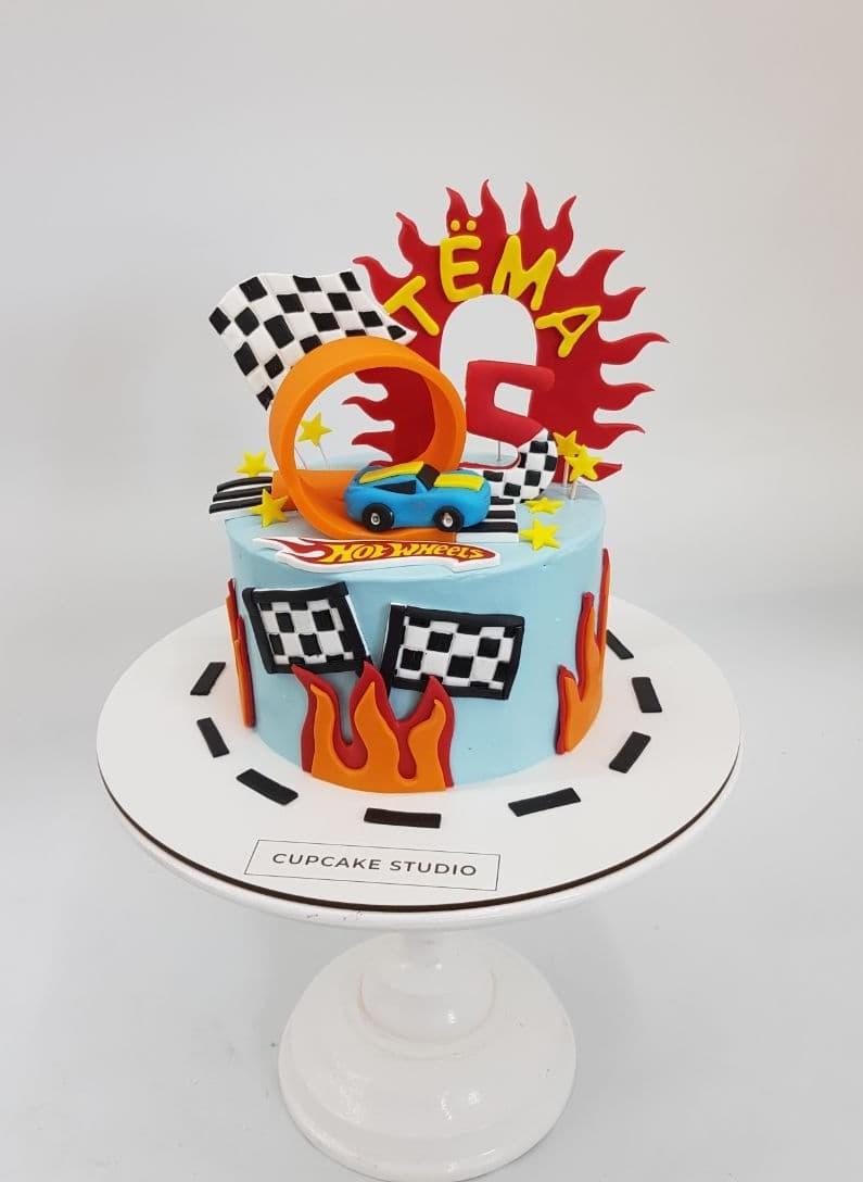 Торт hot weels заказать