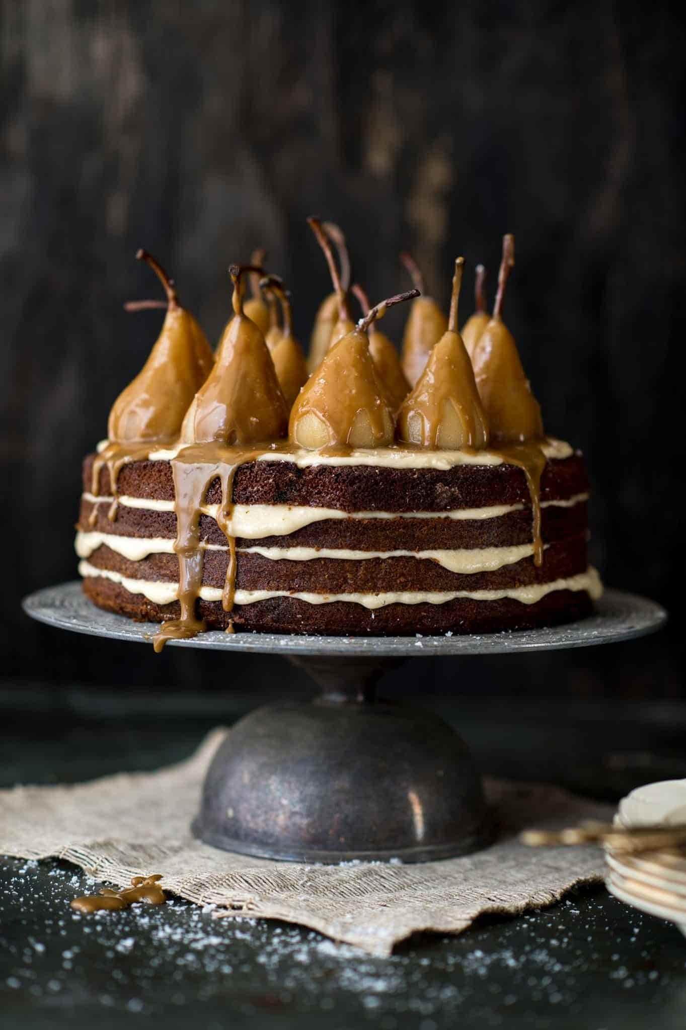 Грушевый торт с шоколадом