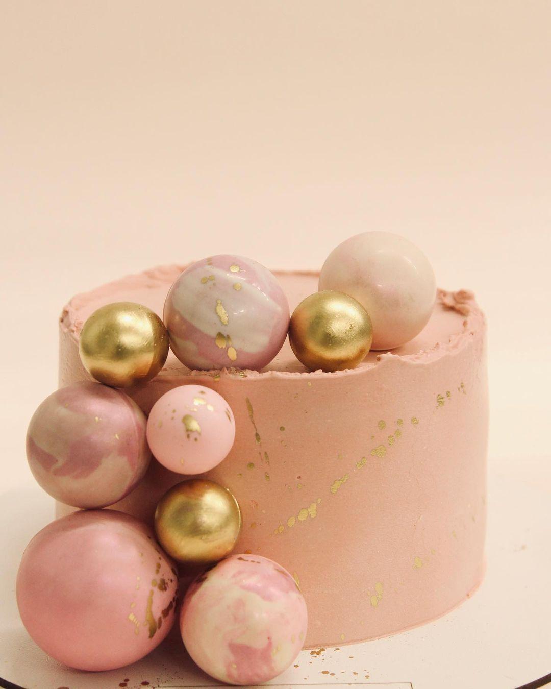 Классический дизайн торта