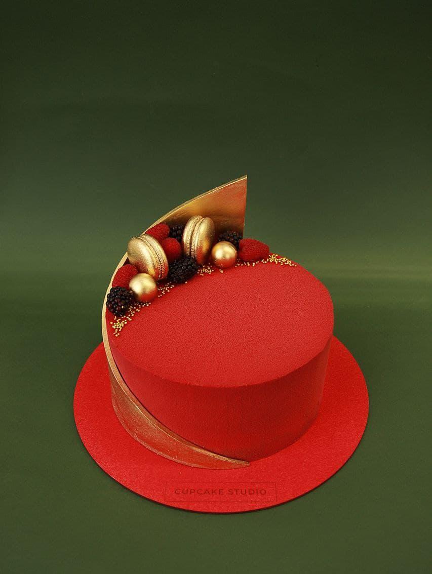 Торт велюровый красный