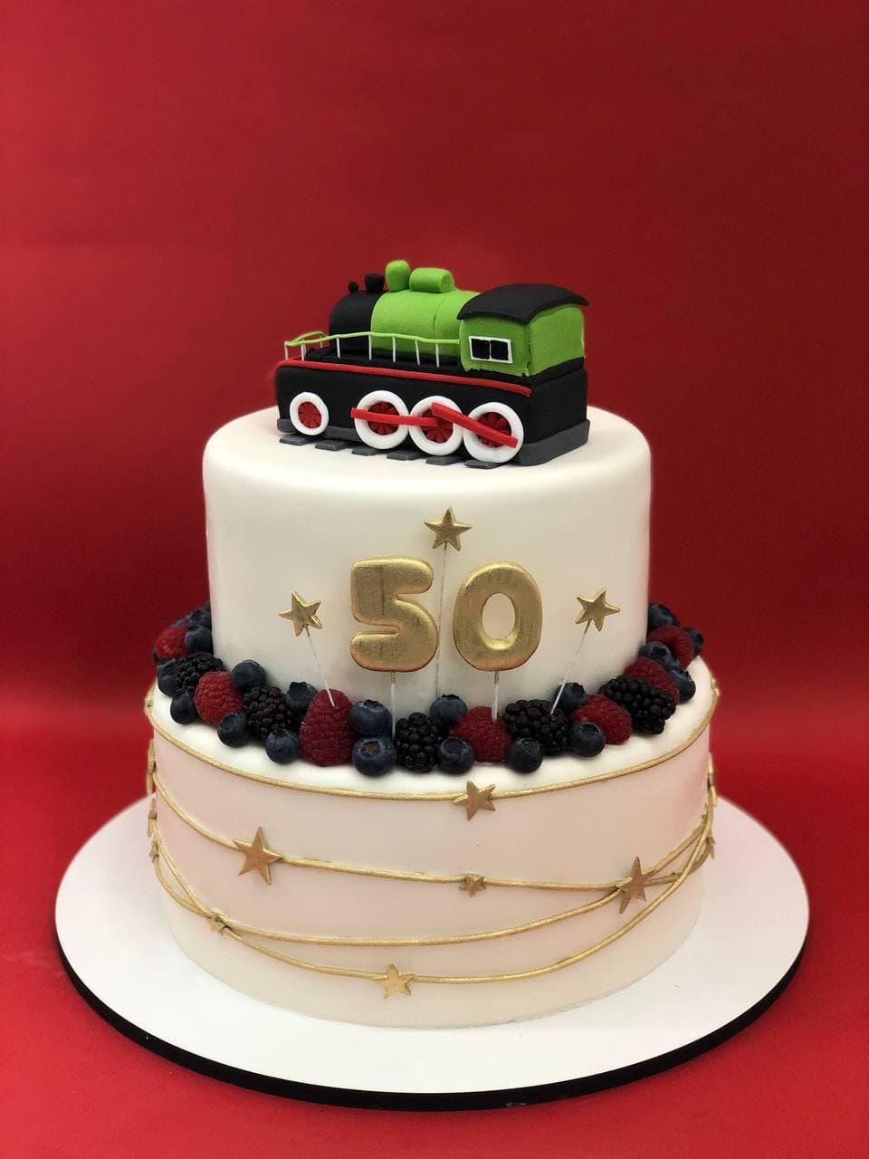 Торт с поездом на юбилей